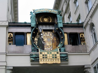 Austria - Vienna - L'orologio sulla piazza del mercato (Ankeruhr)