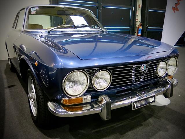 Arezzo Classic Motors - Alfa Romeo GT 2000 - 1972