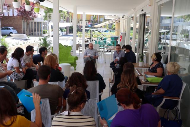 I travel blogger si incontrano con Cristiano Guidetti presso l'Hotel San Salvador a Bellaria Igea Marina