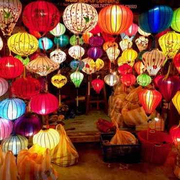 Hoi An, la città dellelanterne colorate. Romantico Vietnam