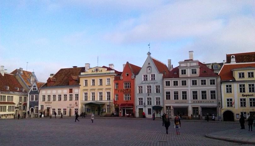 Tallinn, mura medievali e locali fashion