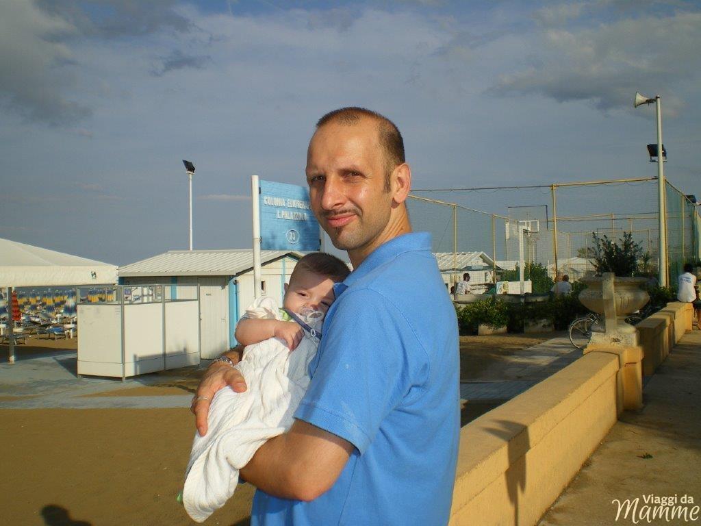 Come continuare a viaggiare con un neonato -Senigallia 2012-