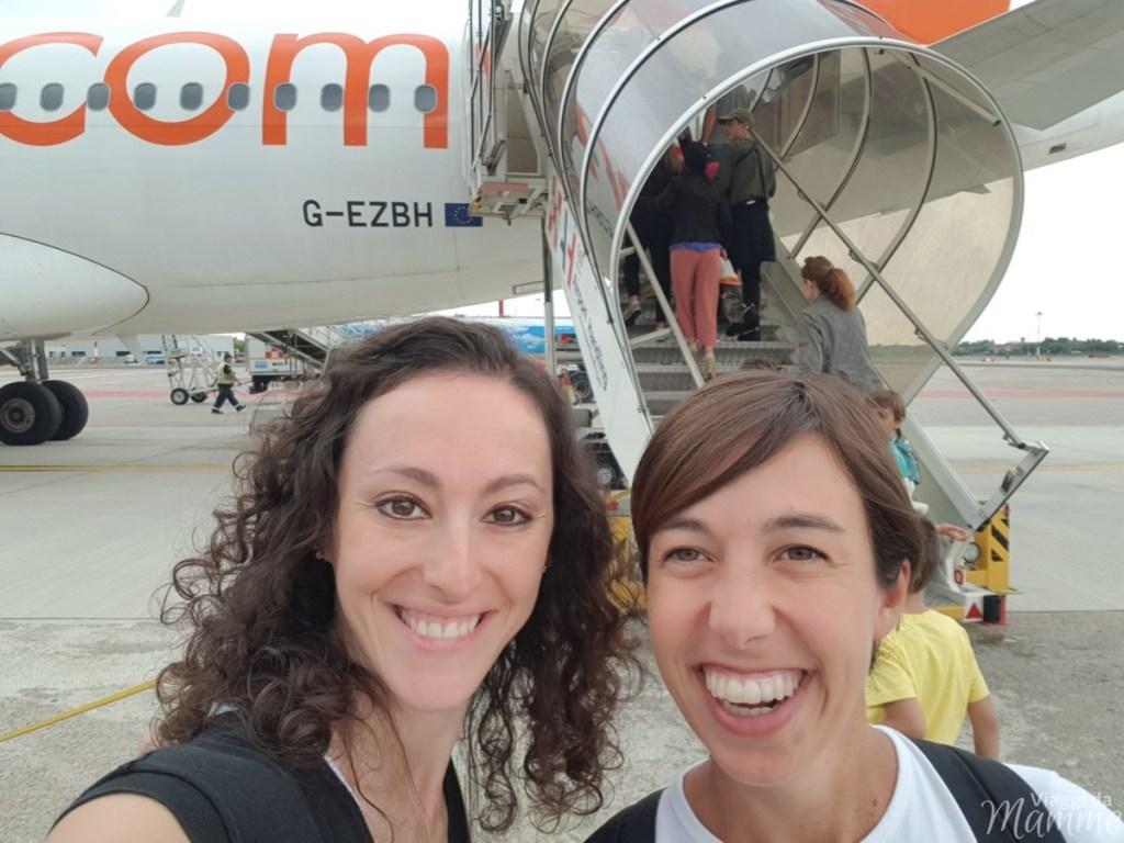 Come superare la paura di volare - Io e Valeria alla partenza per Londra-