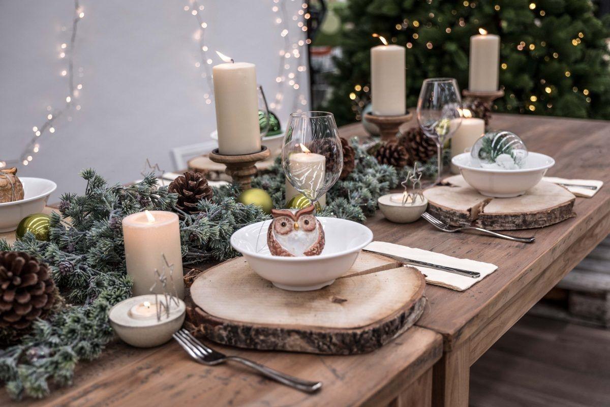 Arredare Tavola Natale come apparecchiare la tavola di natale: decori e abbinamenti