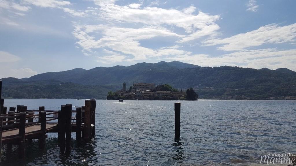 Laghi in Italia: per una gita o un weekend in famiglia - Lago d'Orta, vista sull'isola di San Giulio