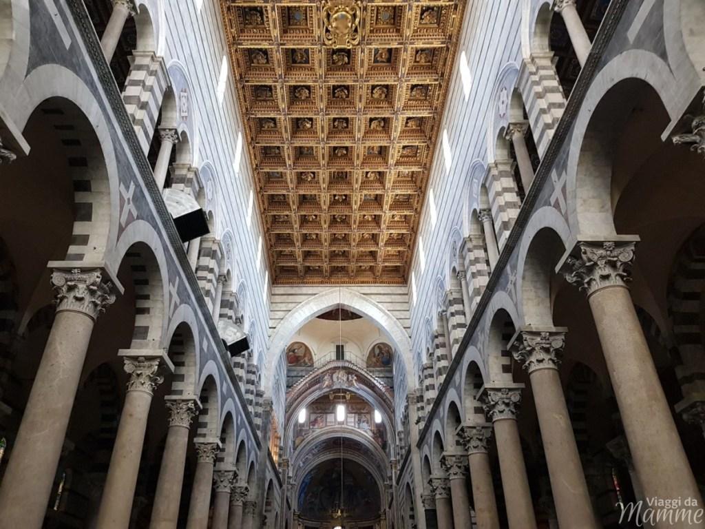 Cosa visitare a Pisa in un giorno con bambini - interno della Cattedrale di Santa Maria Assunta