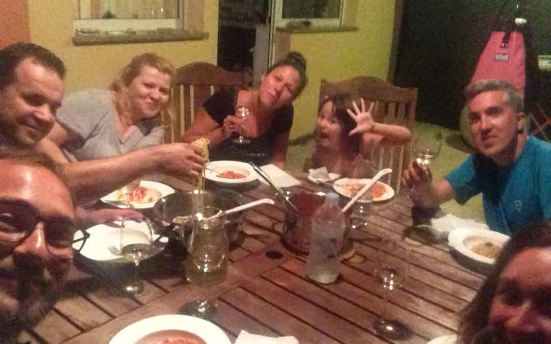 Pasta asciutta e altri rimedi, lo stereotipo dell'italiano in vacanza