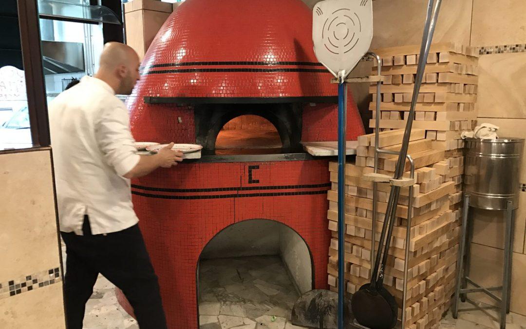 Carmnella, una fra le migliori pizzerie di Napoli