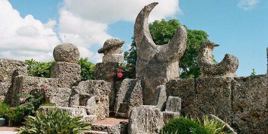 L'incredibile storia della nascita di Coral Castle