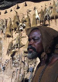 Membro della tribù Dogon