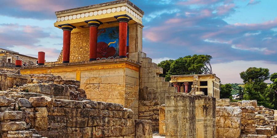 Alla scoperta del Palazzo di Cnosso