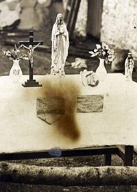 Statue Sanguinanti di Templemore