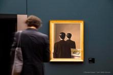 René Magritte, La reproduction interdite, 1937. Olio su tela 81x65,5. Rotterdam, Museo Boijmans Van Beuningen