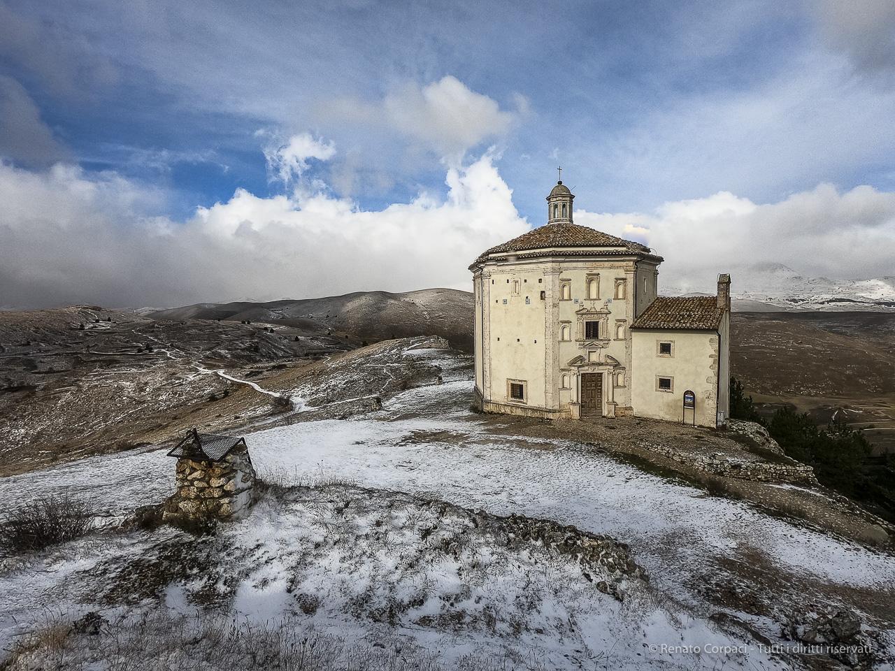 Santa Maria della Pietà a Rocca Calascio in Abruzzo
