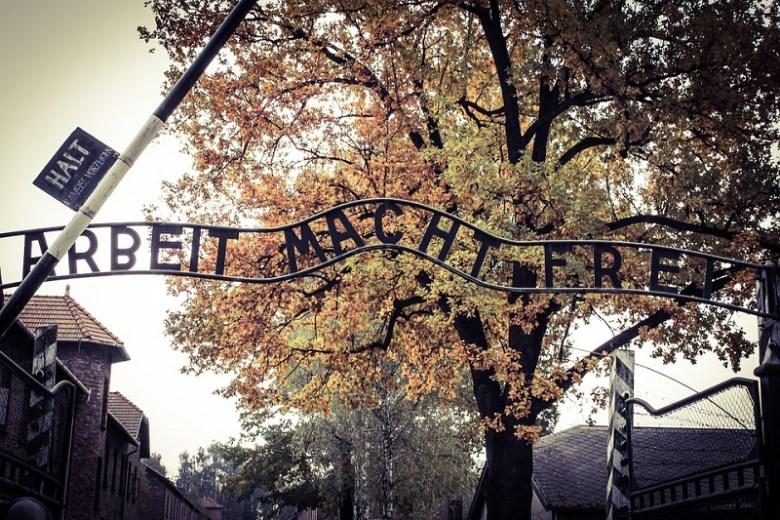 Vacanze in Europa in auto Auschwitz