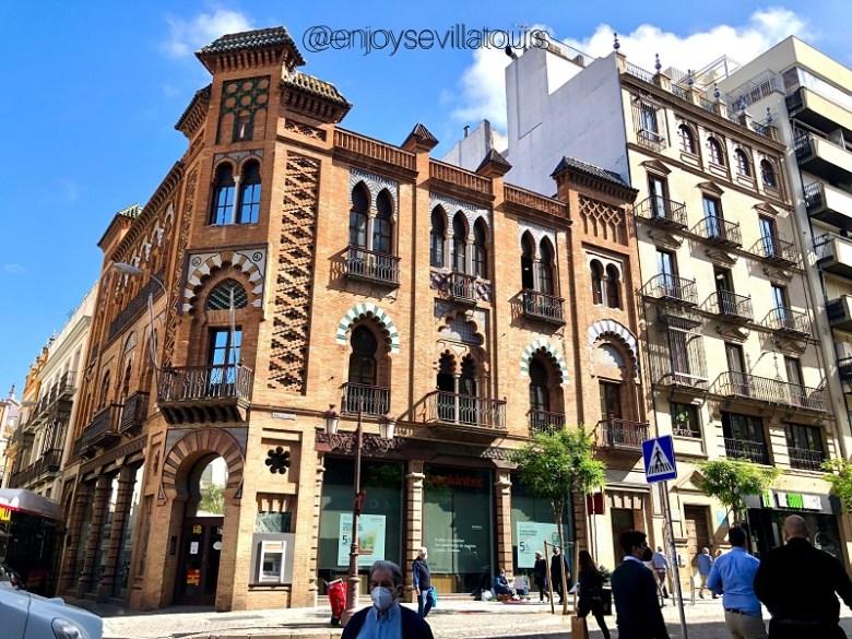 shopping a siviglia - EDIFICIO REGIONALISTA IN CENTRO