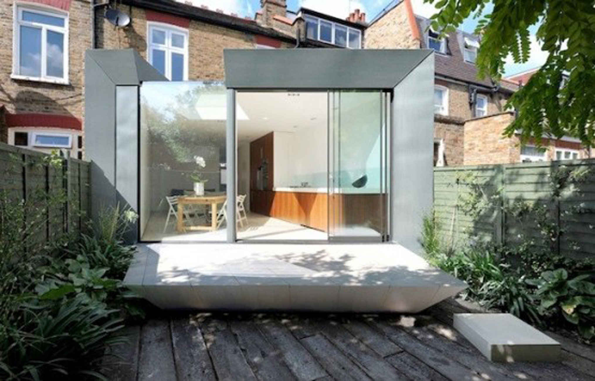 Simple Modern Terrace House Design In LondonHouse Glass