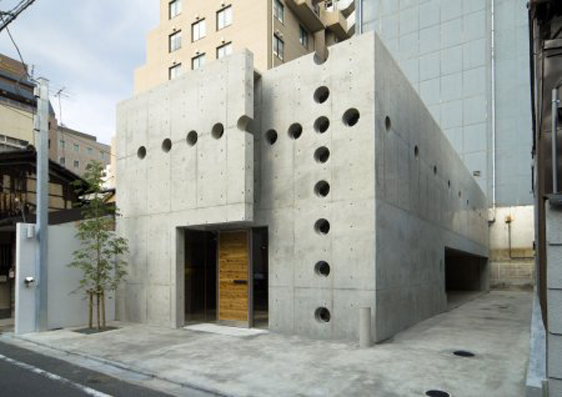 Holey Concrete Home Design With Contemporary Style In Japan