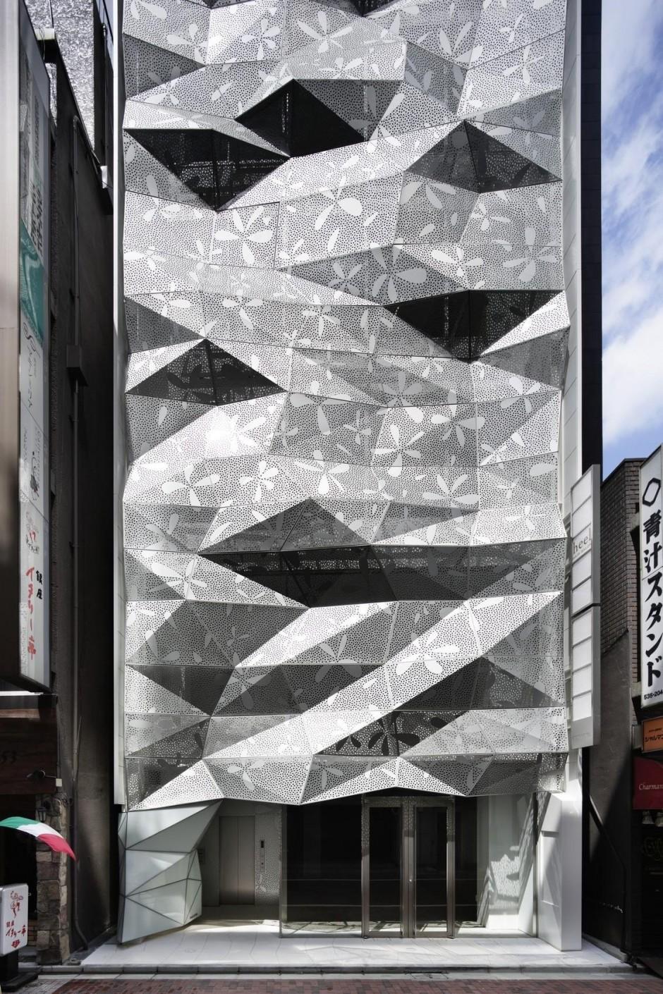 Dear Ginza Building Facade Detail