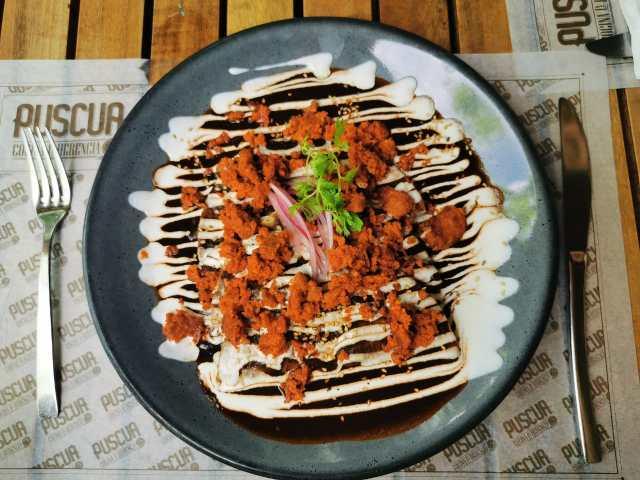 Enchiladas con Chorizo en Puscua.