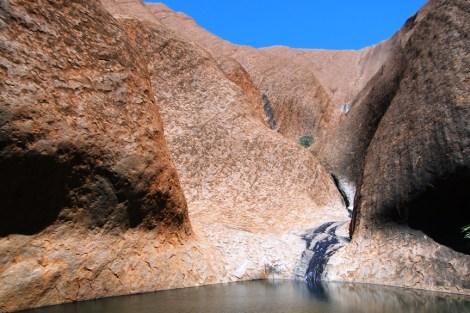 Pozo de agua en Uluru