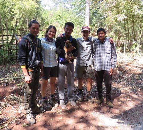 Nuestro equipo (de izq a derecha): Adam, Alex, Ko Tha, Mono, David y Shi Ne