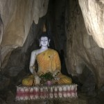 Buda a pocos metros del acceso