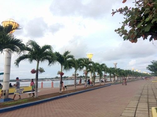 El malecón de Puerto Princesa