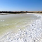 Lago salado en el Sahara