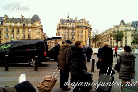 Pelea de pasajeros por un taxi ;) Gare de Lyon París, Francia. Que ver y que hacer