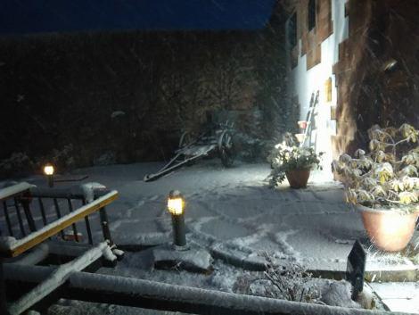 El patio nevado Vivir invierno en Cantabria frío, nieve y experiencias únicas