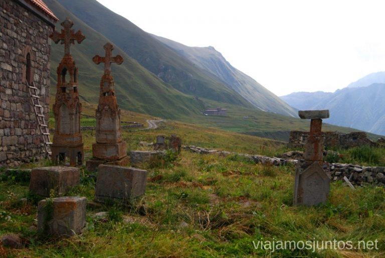 Abano, el último pueblo georgiano antes de cruzar la frontera con la Osetia del Sur Itinerario para viajar por Georgia. 17 días. Gran Cáucaso Parte I