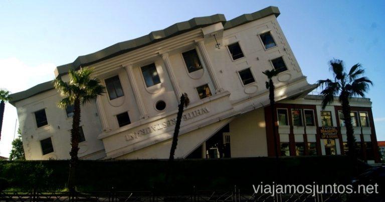 Batumi arquitectónico, GeorgiaItinerario de viaje por Georgia. 17 días. Gran Cáucaso Parte II Tbilisi Tiflis Kutaisi Vardzia Batumi la Playa Costa