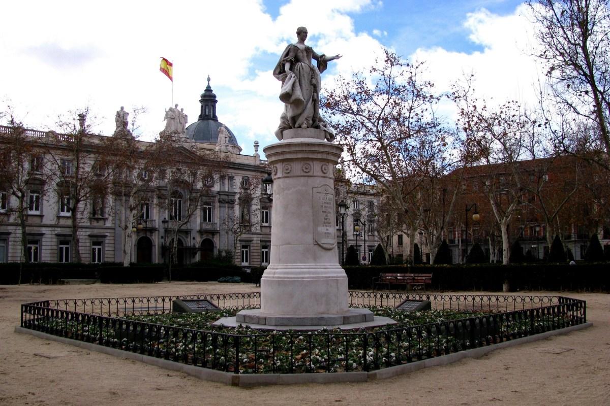 plaza-villa-paris