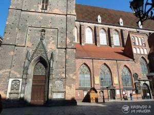 Iglesia-de-Santa-Isabel