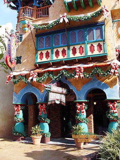 Port of Entry Christmas Shoppe