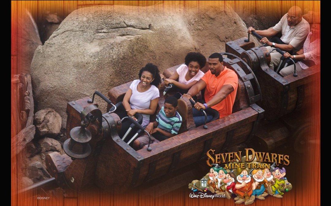 Reviva a sua emoção nas atrações da Disney utilizando o Disney PhotoPass