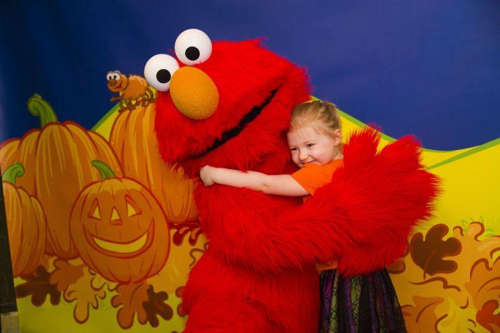 Halloween Sooktacular - SeaWorld Orlando - Count von Count's Spooktacular Breakfast_Character Meet and Greet