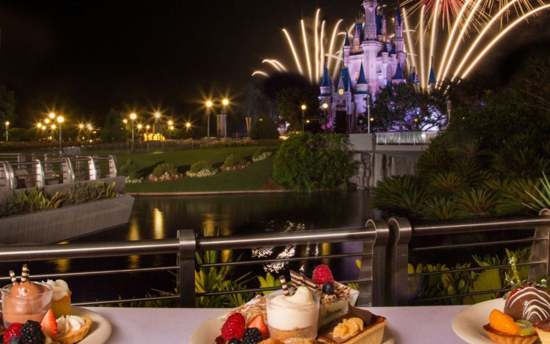Holiday Wishes Fireworks Holiday Dessert Party – Tomorrowland Terrace