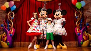 Meet Mickey Mouse & Minnie Mouse at Town Square Theater