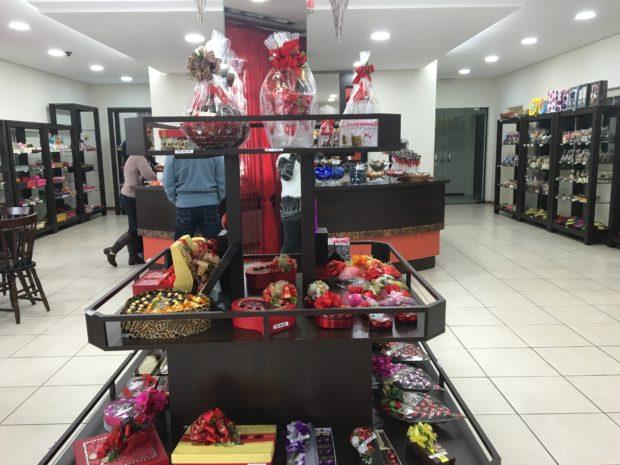 Interior da Chocolates Plantanos - Loja de Fábrica em Dois Irmãos