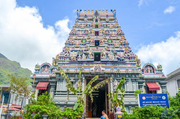 Fachada do Templo Hindu em Mahe - Sychelles