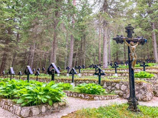 Cemitério di Guerra Monte Piana nas Dolomitas, Itália