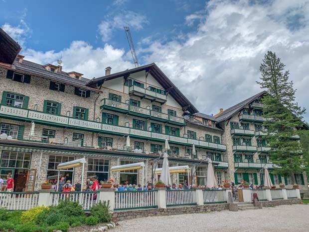 Hospedagem no Lago de Braies, Dolomitas na Itália