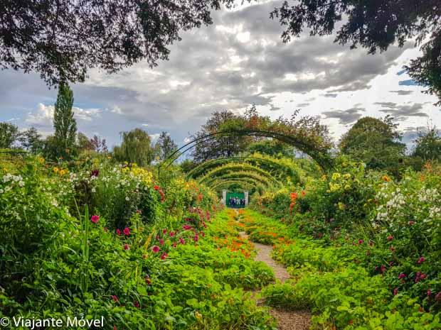 Jardim Clos Normand de Monet em Giverny na França