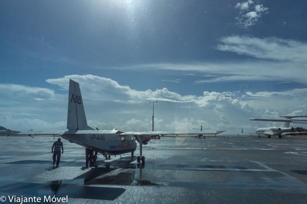 Como chegar em Saint Martin - Avião no aeroporto