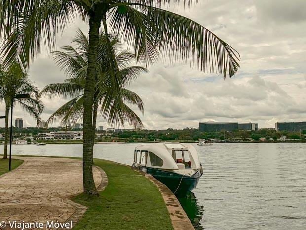 Passeio de Barco no Pontão do Lago Sul em Brasília
