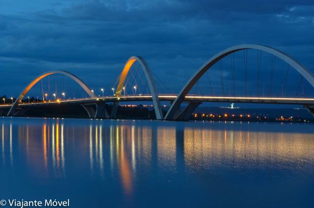 Ponte JK Roteiro romântico em Brasília com um passeio noturno