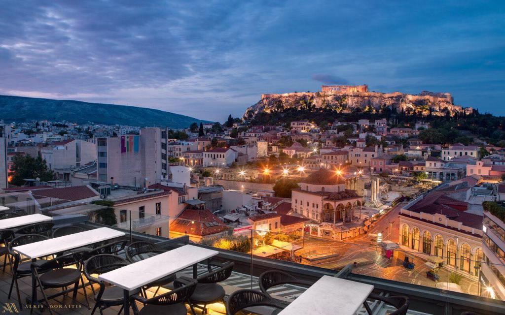 Rooftop em Atenas na Grécia - A for Athens