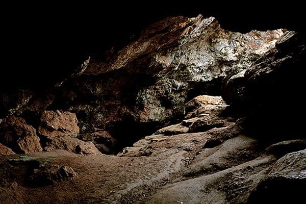 cueva de montesinos lagunas de ruidera